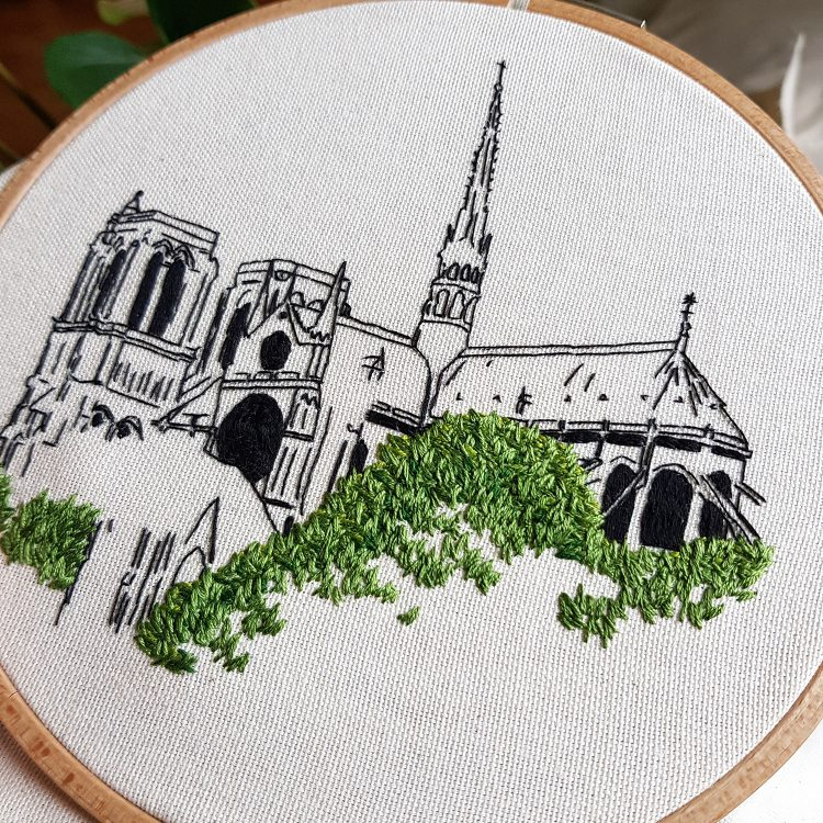 Embroidery design Notre Dame de Paris